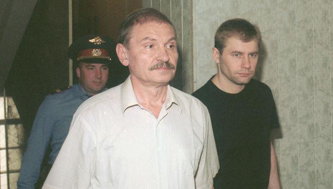 Николай Глушков после заседания Савеловского межмуниципального суда Москвы, 2002 год