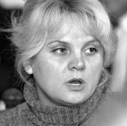Депутат Государственной Думы РФ, лидер избирательного блока «Памфилова, Гуров, Лысенко» Элла Памфилова, 1995 год