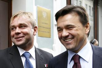 Космонавт Максим Сураев (слева) стал витриной штабов Андрея Воробьева