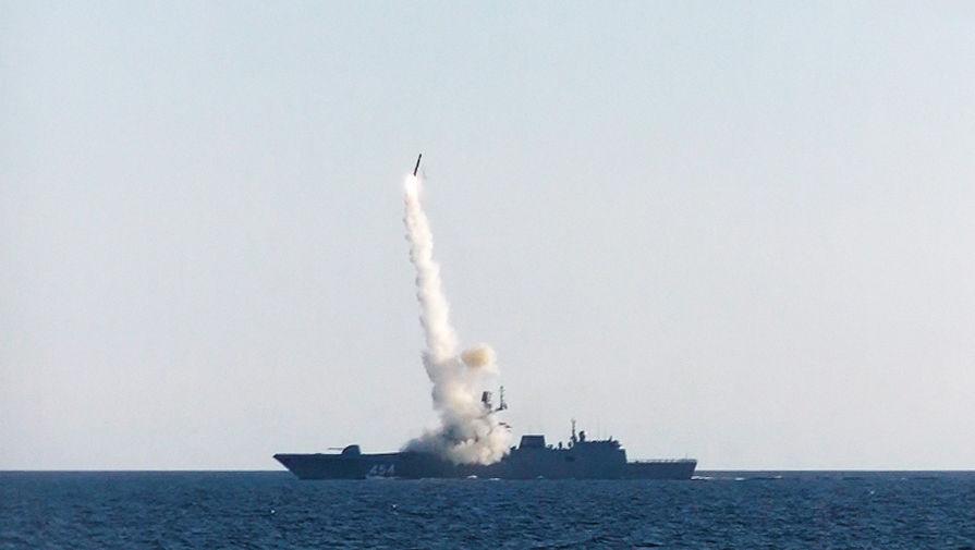 В Кремле рассказали об испытании российского гиперзвукового оружия