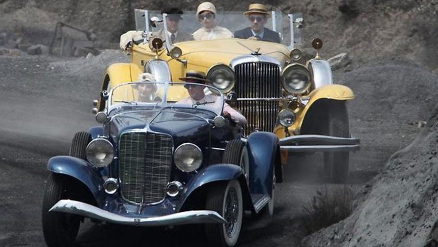 great gatsby cars essay