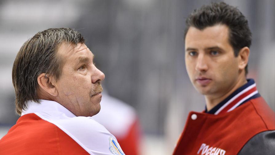 Олег Знарок (слева) и Роман Ротенберг на тренировке сборной России во время Кубка мира по хоккею