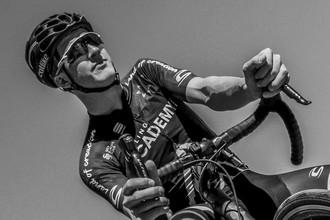 Австралийский велогонщик Джейсон Лоундес