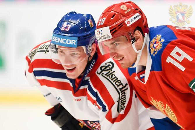 Эпизод хоккейного матча Россия — Чехия