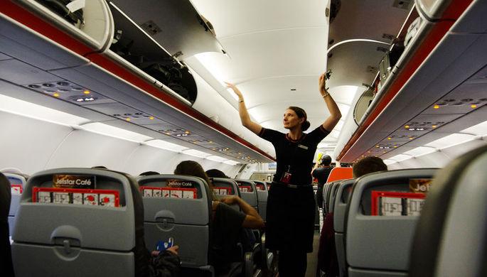 Хотел в отпуск: опоздавшего пилота самолета заменил пассажир