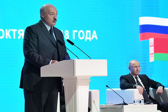 Владимир Путин и президент Республики Беларусь Александр Лукашенко во время встречи в Могилеве, 12 октября 2018 года