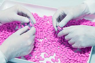 Путь лекарства от лаборатории до аптеки занимает до 14 лет