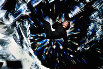 Представитель России певец Сергей Лазарев во время выступления в первом полуфинале 61-го Международного конкурса песни «Евровидение-2016»