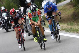 Гонщики на дистанции «Джиро д'Италия»