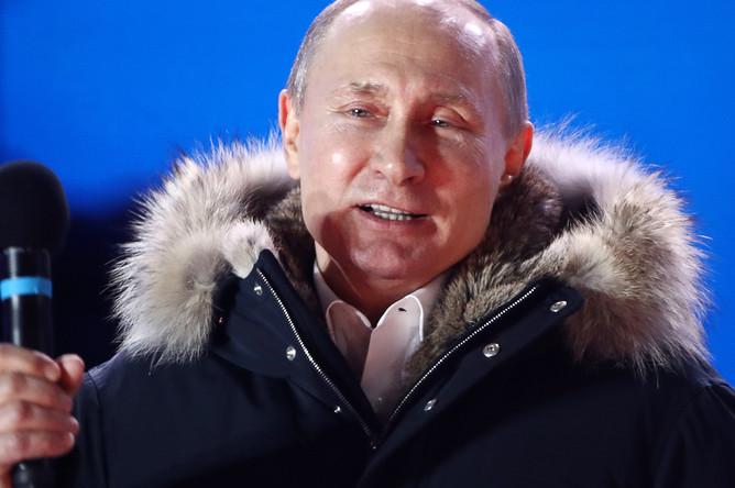 Владимир Путин на митинге-концерте «Россия. Севастополь. Крым» на Манежной площади, 18 марта 2018 года