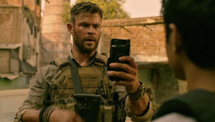 Кадр из фильма «Эвакуация» (2020)