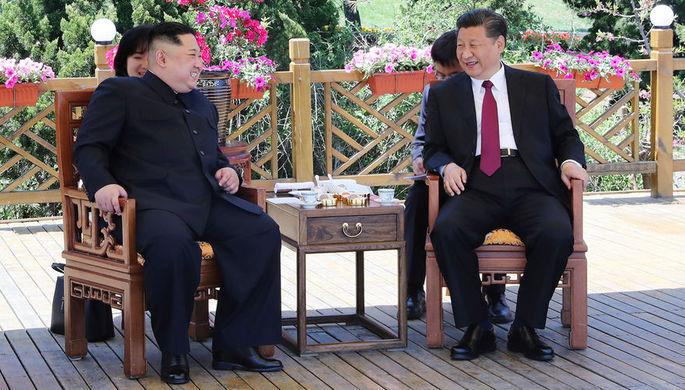 Встреча высшего руководителя КНДР Ким Чен Ына и председателя КНР Си Цзиньпина в провинции Ляонин на...