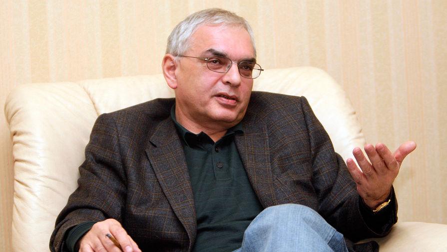 Режиссер Карен Шахназаров на заседании Делового клуба на Тверской, 2009 год