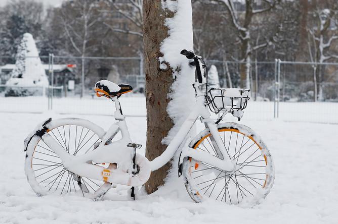Последствия снегопада в Париже, 7 февраля 2018 года