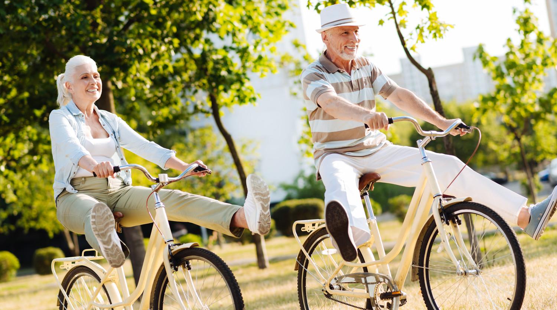 Названы самые востребованные вакансии для пенсионеров