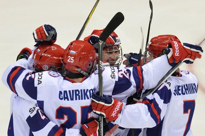 Россияне добились уверенной победы