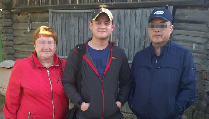 Рамиль Шамсутдинов с родителями