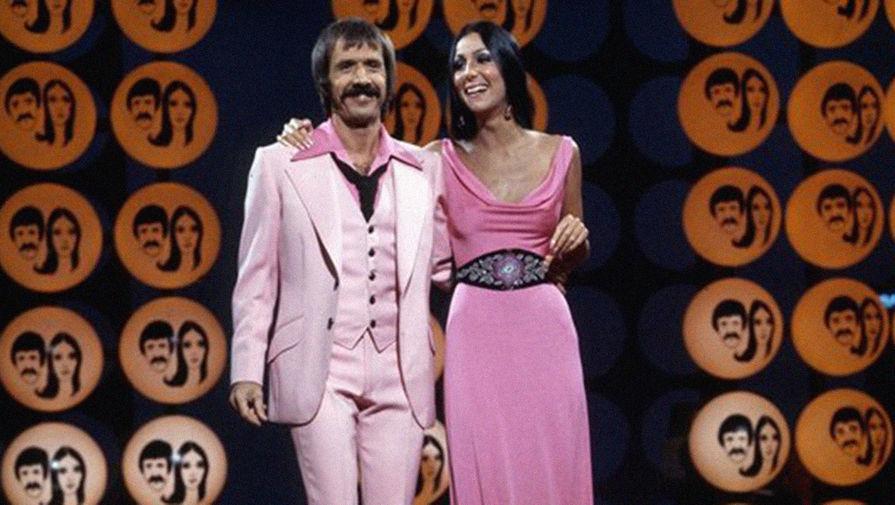 Первый настоящий успех к Шер пришел уже в следующем году, когда она начала выступать в дуэте со своим супругом. Особой популярности достиг сингл «I Got You Babe», который возглавил чарты США и Великобритании, а также заглавный одноименный трек с альбома «All I Really Want to Do». Впрочем, уже спустя несколько лет Сонни и Шер публике наскучили, в результате чего в 1970-м перешли на телевидение, где стали ведущими хитовой комедийно-музыкальной передачи «Шоу Сонни и Шер».