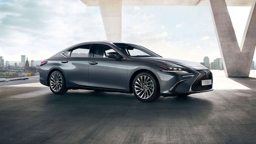 Lexus ES: японский ответ немецкой тройке