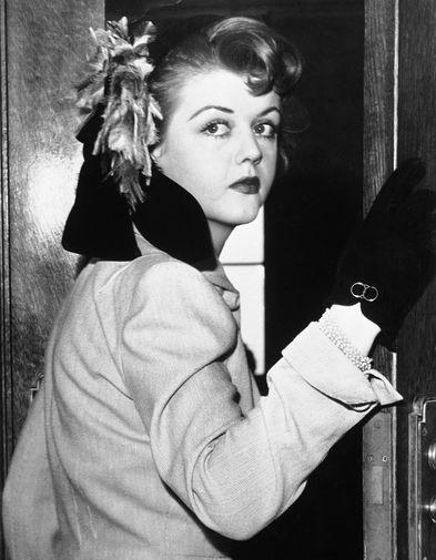 Анджела Лэнсбери, 1946 год