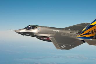 Америкаский истребитель-бомбардировщик пятого поколения Lockheed Martin F-35 «Лайтнинг» II