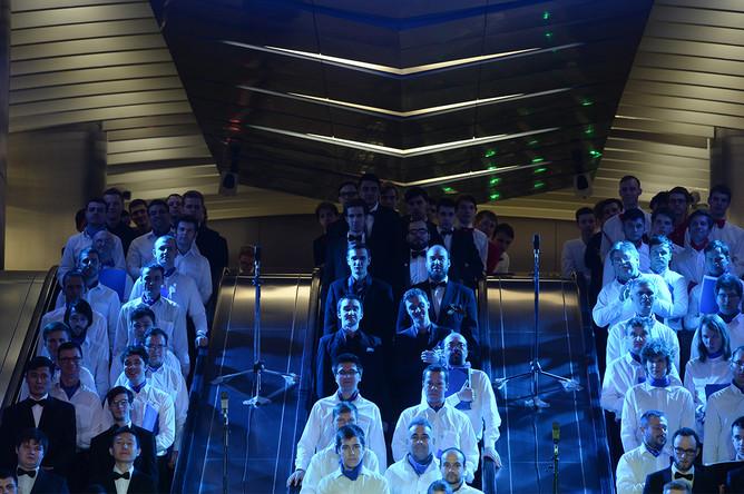 Ночной закрытый показ оперы «Сильмариллион. Памяти Толкиена» на эльфийском языке в московском метро, 13 мая 2017 года