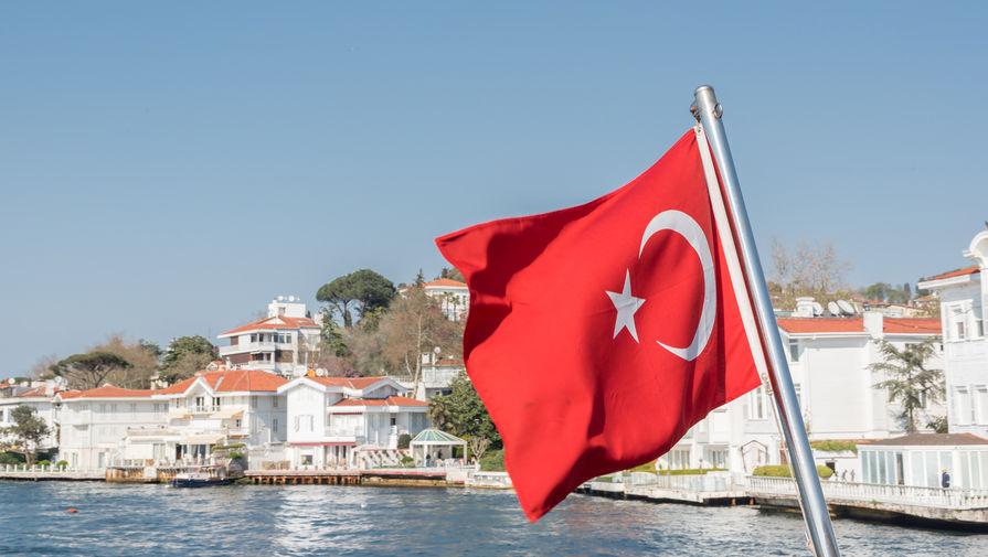 На курортах Турции резко выросло число заражений коронавирусом