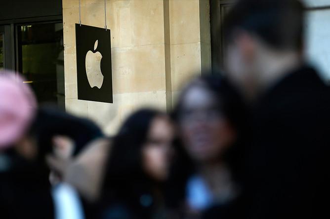 Apple раскроет патентное соглашение с HTC по требованию компании Samsung