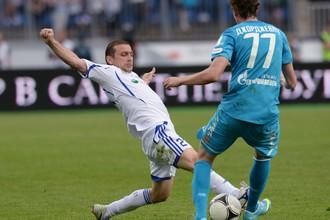Лука Джорджевич в борьбе за мяч
