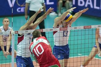 Россияне обыграли болгар в четырех сетах