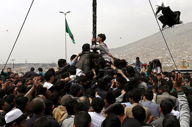 Жители Кабула празднуют афганский Новый год — Навруз