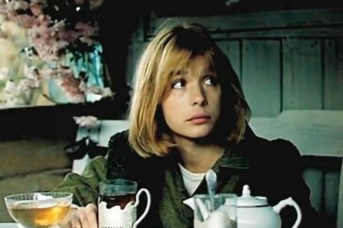 Вера Глаголева в фильме «Зонтик для новобрачных» (1986)