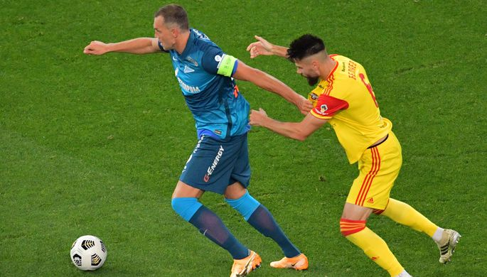 Артем Дзюба в матче «Зенит» — «Арсенал»