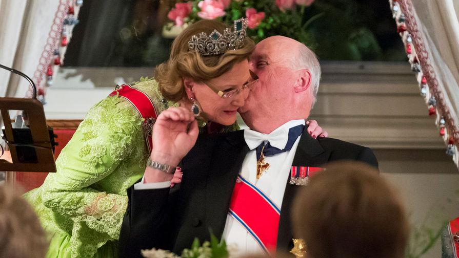 Король Норвегии Харальд и королева Соня в Стамбуле, 2017 год