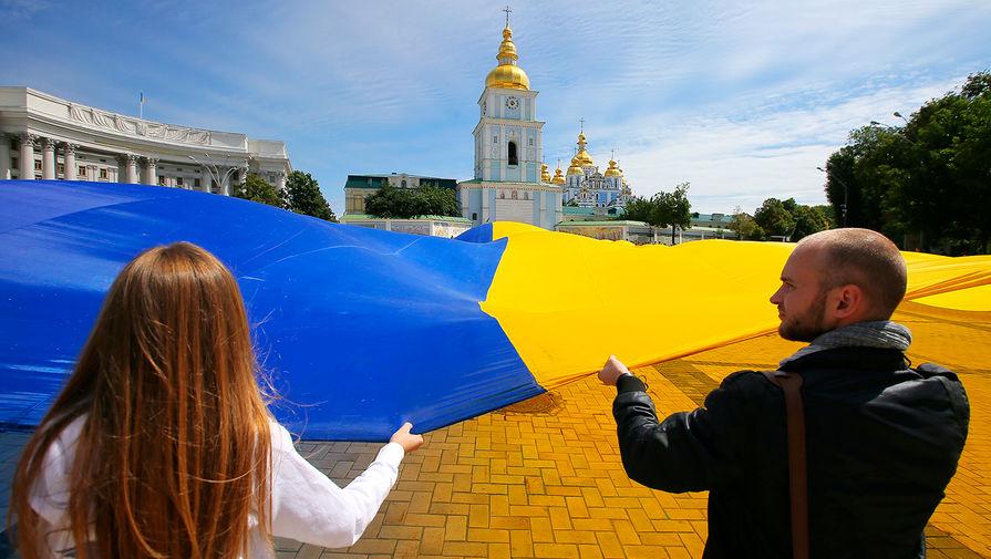 С 16 января вся сфера услуг на Украине перейдет на украинский язык