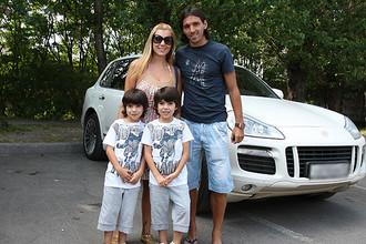 Спортивное семейство Данни в полном составе
