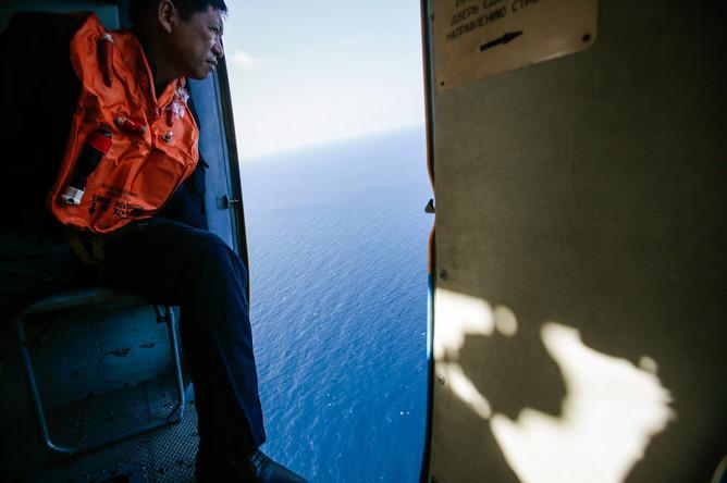 Поиск лайнера Boeing авиакомпании Malaysia Airlines в Южно-Китайском море