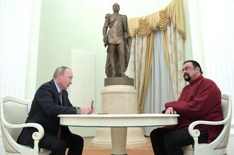 Актер Стивен Сигал на встрече с Владимиром Путиным