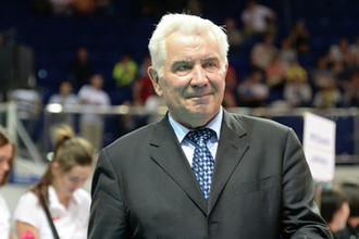 Волейбольный тренер Николай Карполь
