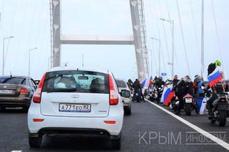 Во время открытия автомобильного движения по Крымскому мосту через Керченский пролив, 16 мая 2018 года