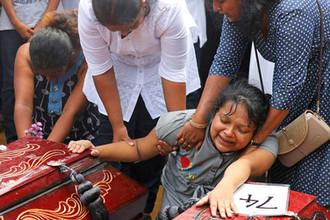 Церемония прощания с жертвами терактов на Шри-Ланке, 23 апреля 2019 года