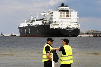 «Газпром» не нужен: Польша собирается озолотиться на газе из США