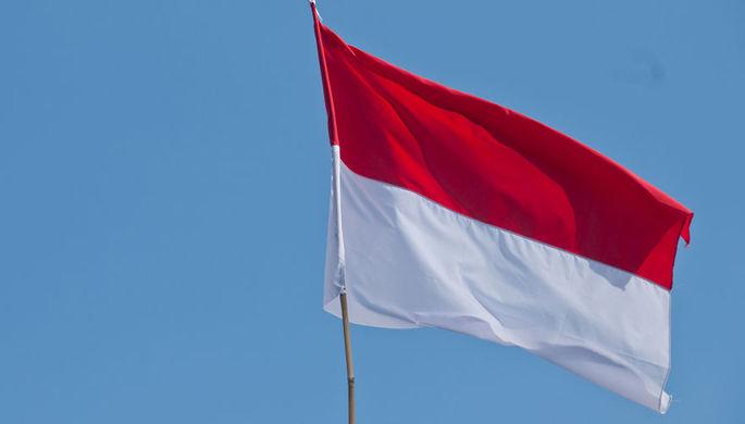 Более 50 человек умерли, считая голоса на выборах в Индонезии