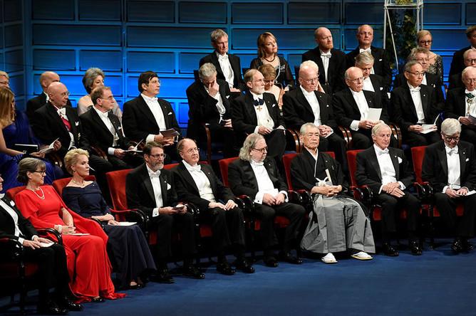 Во время церемонии вручения Нобелевской премии, Стокгольм 10 декабря 2018 года