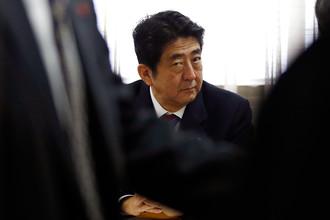 Избранный премьер-министр Японии Синдзо Абэ призывает понижать курс иены