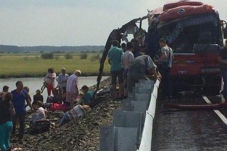 Полиция подтвердила гибель 16 человек в ДТП под Хабаровском