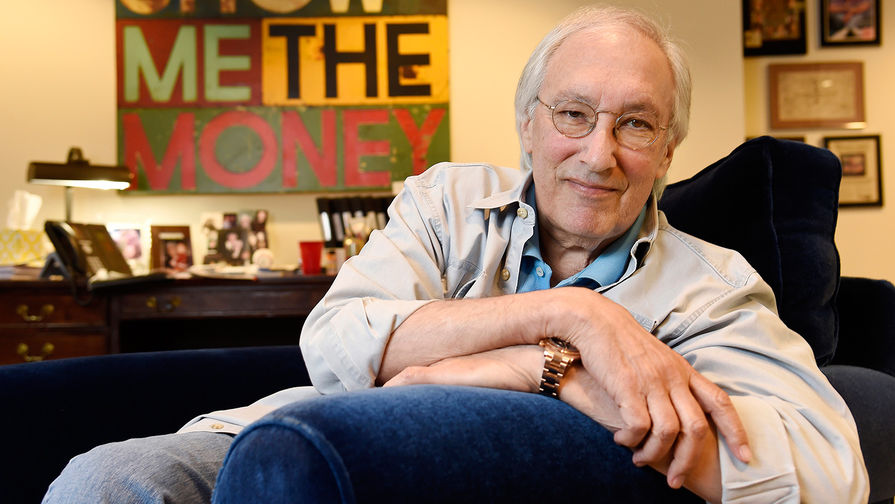 a literary analysis of death by hollywood by steven bochco Death by hollywood it was therefore something of a surprise to crimezine when the great man decided to pen a crime thriller death by hollywood  the book is a blackly comedic thriller, concerning an on the ropes writer who happens to spy a famous neighbor being beaten to death, with unexpected consequences.