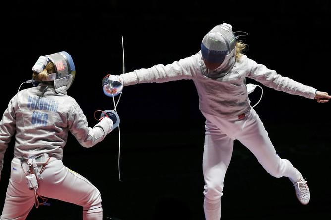 Российские саблистки в финале Игр в Рио в командном турнире сражаются с командой Украины за золотую медаль