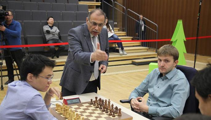 Шахматисты Никита Витюгов и Юй Янъи