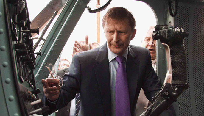 Министр обороны РФ Сергей Иванов во время посещения вертолетного завода ОАО «Роствертол», 2006 год